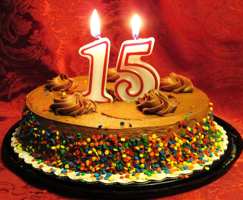 Открытка с днем рождения девочке на 15 лет